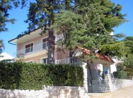 Two-Bedroom Apartment Crikvenica 2, Dramalj
