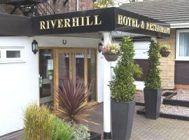 The Riverhill Hotel, Berkenhedas