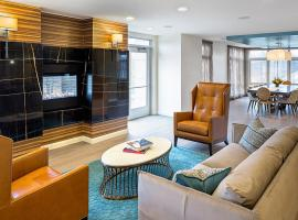 Global Luxury Suites at the Charles River, Waltham