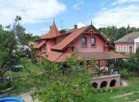Kerámiapark Guesthaus, Budimpešta