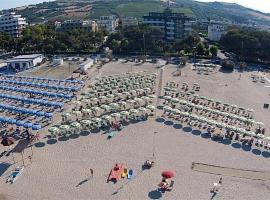 Hotel Smeraldo, Giulianova