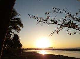 Macapuno Beach Resort, Narra