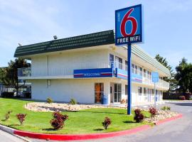 Motel 6 King City, King City