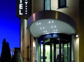 Hotel Ovest, Piacenza