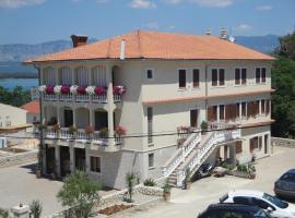 Apartments Ivanka C., Soline