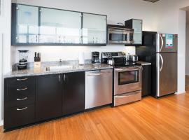 Northwest 12th Avenue Apartment by Stay Alfred