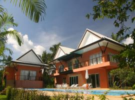Breda Beach Villa, Krabi town