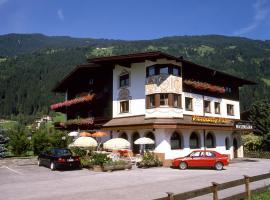 Hotel Garni Maximilian, Zell am Ziller