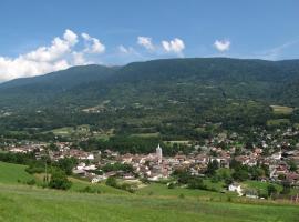 Au pied des Alpes