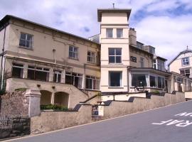 Marine Hotel, Criccieth