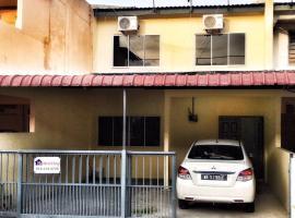 4BD homestay with 2 parking lots, Kangar