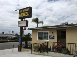 Ace Budget Motel, San Diegas