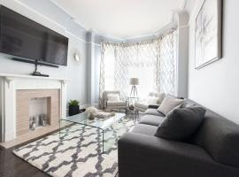 Two-Bedroom on S Maryland Avenue Apt 1