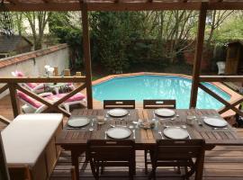Villa with pool Nr Disneyland, Esbly