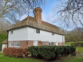 Freechase Farm Cottage, Lower Beeding