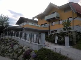 Gästehaus Alberta, Navis