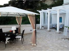 AdiOro Luxury Beachfront Apartment, Split