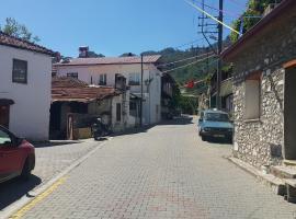 Yasmin Village House, Uzumlu