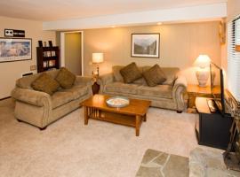 Horizons 4 #185 - Two Bedroom Condo