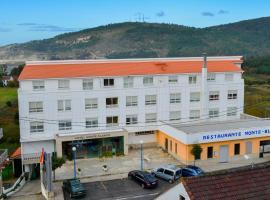 Hotel Monte Blanco, Neaño