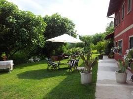 Casa Rossa Monferrato, Vigliano d'Asti