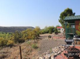 Verde Valley Canyon View Cottage 5, Cottonwood