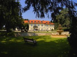 Castle Hotel Grof Degenfeld, Tarcal
