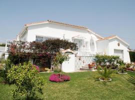 Holiday home Puerta De Hierro Venus Chilches, Chilches