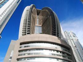 Lujoso Apartamento en Trump Tower, Panama-Stad