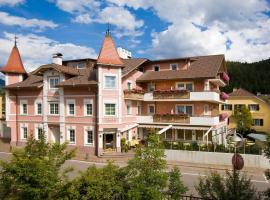 Hotel Blitzburg, Brunico