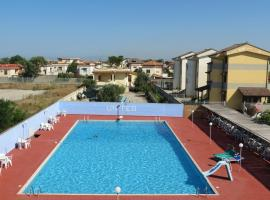 Hotel United, Lago Patria