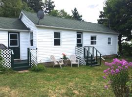 The Haven, Garden Cottage, Belle River