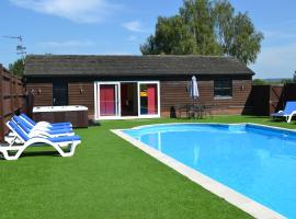 The Pool House @ Upper Farm Henton, Chinnor