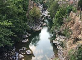 Casa del fiume, Montalto Ligure