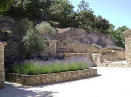 Villa en pierre sèche Le Beaucet, Le Beaucet