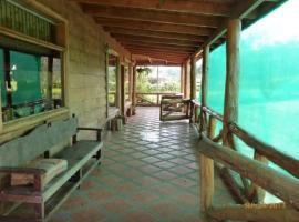 Poas Views Cabin, Vara Blanca