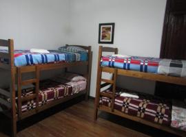 Minuano Hostel, Minas