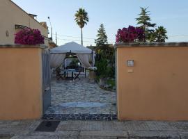 Casa Lucia, Giuggianello
