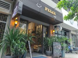 Feliz Hostel Cafe & Bar