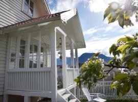 Villa Solvorn, Solvorn