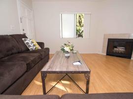 Pelham Apartment 4 - Los Angeles