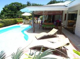 Villa Moorea, Temae