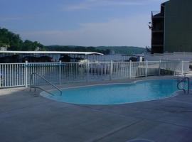 Newport 405 Apartment, Lake Ozark