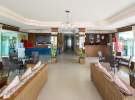 Khunyuw Hotel, Fang