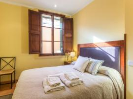 Cozymallorca!:Old centre apartments