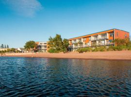 East Bay Suites, Grand Marais