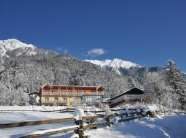 Landhaus Knura, Hermagor