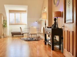 Luxury 2-Bed Penthouse near Airport & Seaside, Raheny