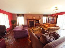 Frank Sinatra/Roger Miller/Clint Walkers Woodland Hills Mansion, Woodland Hills