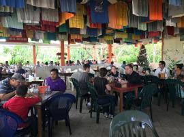 Cheers Cabanas, Belmopan